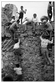 Sabine Weiss, Enfants en Sardaigne 1956