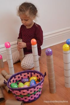This is the easiest Easter egg activity ever! You only need 2 things - cardboard tubes and Plastic Easter eggs - plus 1 excited kid! Easter Craft Activities, Eyfs Activities, Easy Easter Crafts, Egg Crafts, Preschool Activities, Crafts For Kids, Toddler Crafts, Easter Ideas, Plastic Easter Eggs