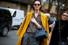 Direttamente dalla Settimana della Moda di Londra, in programma dal 17 al 21 febbraio, tutto il meglio dello street style