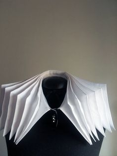 The accordion collar made in Transformational Reconstruction technique - Origami fashion by FedRaDD