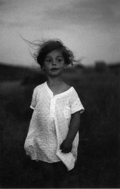 Diane Arbus – Mírame y sé color.- Masters of photography