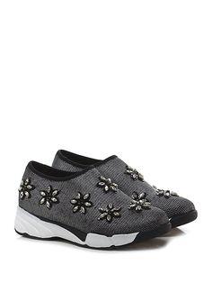 Uma parker - Sneakers - Donna - Sneaker in tessuto stretch effetto laminato con applicazioni su tomaia e suola in gomma. Tacco 45, platform 25 con battuta 20. - BLACK - € 110.00