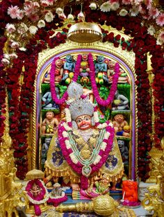 Templefolks offer you with complete belief . We at Templefolks provide you pooja and prasadam from various temples where you want blessings from. Hanuman Hd Wallpaper, Lord Hanuman Wallpapers, Radha Krishna Wallpaper, Hanuman Images, Lord Krishna Images, Sarangpur Hanuman, Kali Goddess, Ganesha Art, God Pictures