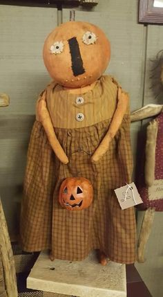 Primitive Fall, Pumpkin, Teddy Bear, Autumn, Dolls, Animals, Baby Dolls, Pumpkins, Animales