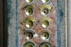 G24-12_venice_doorbells