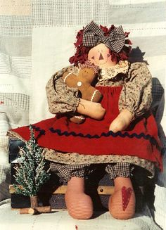 Primitive country Raggedy Anne and Andy Doll patterns for the cloth doll crafter. Primitive Doll Patterns, Primitive Crafts, Primitive Country, Primitive Snowmen, Primitive Christmas, Country Christmas, Christmas Christmas, Raggedy Ann And Andy, Knitted Dolls