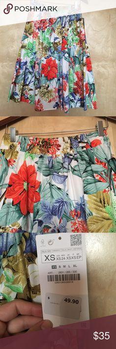 Zara printed skirt Floral printed midi skirt Zara Skirts Midi