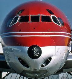 DC-8 Nose .aviation