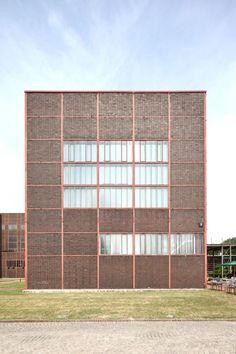 Ruhr Museum Zollverein A 14 (Schacht XII, Kohlenwäsche) Gelsenkirchener Straße 181 45309 Essen