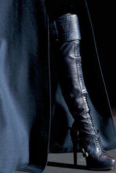 Explosive Christian Dior blue leather platform boots