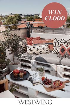 First Apartment Decorating, Decorating Your Home, Bohemian Chic Home, Home Design, Apartment Balconies, Outdoor Furniture Sets, Outdoor Decor, Take Me Home, Small Patio