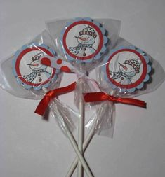 Snowbuddies Handouts York Peppermint Patties by - Cards and Paper Crafts at Splitcoaststampers Christmas Craft Fair, Christmas Crafts For Gifts, Stampin Up Christmas, Homemade Christmas Gifts, Christmas Candy, Craft Gifts, Crafts For Kids, Candy Crafts, Peppermint Patties