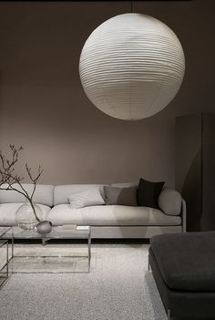 am finally back from Stockholm and have started going. Modern Home Interior Design, Interior Design Living Room, Interior And Exterior, Living Room Designs, Design Hall, Living Room Decor Cozy, My Ideal Home, Mid Century Modern Living Room, Sofa