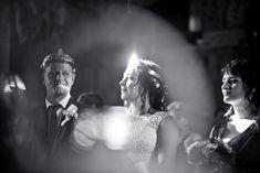 NUNTA - Foto y Cafe Fotografie de nunta, fotograf nunta, foto-video nunta, idei de posing, wedding details, wedding photos www.fotoycafe.ro Wedding Ceremony, Wedding Day, Wedding Photoshoot, Video, Wedding Details, Wedding Photography, Black And White, Fashion, Pi Day Wedding