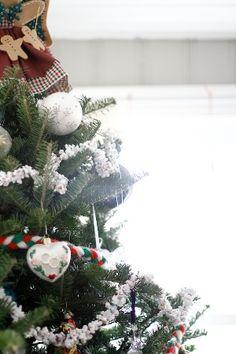 Réaliser une guirlande de Noël en pop-corn