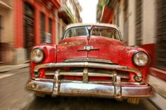 Racing through the streets of Havana by Jekurantodistaja  on 500px