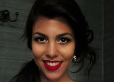 Gorgeous eyebrows! Find out how to create your own perfect eyebrow shape! Here:  http://prettymethis.com/brow-raising/
