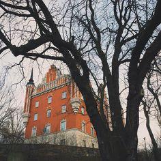 Västra Brobänken 111 49 Stockholm Sweden 59.325515 18.080762 by malaykato