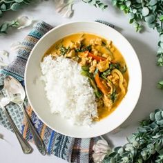 I have never been a huge fan of curry until my sister, Wennicha, made it for me two years ago. She made it for my bridal shower. The event was Thailand-themed, inspired by the Thai lakorns or drama…