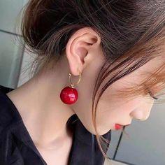 Trendy Style Elegant Large Round Simulated Pearl Hoop Drop Earrings Diy Earrings Studs, Simple Earrings, Beautiful Earrings, Women's Earrings, Earrings Handmade, Silver Earrings, Delicate Jewelry, Trendy Jewelry, Fashion Earrings