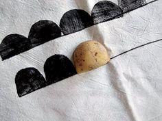 my scandinavian home: DIY - Half Moon Potato Print Tutorial for Moon Laundry Basket idea Potato Print, Potato Stamp, Stencil, Fabric Stamping, Idee Diy, Tampons, Fabric Painting, Diy Art, Printing On Fabric