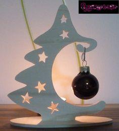 Weihnachtsdeko - Tannenbaum Weihnachtsdeko aus Holz f. Baumkugeln - ein Designerstück von charmed3p bei DaWanda