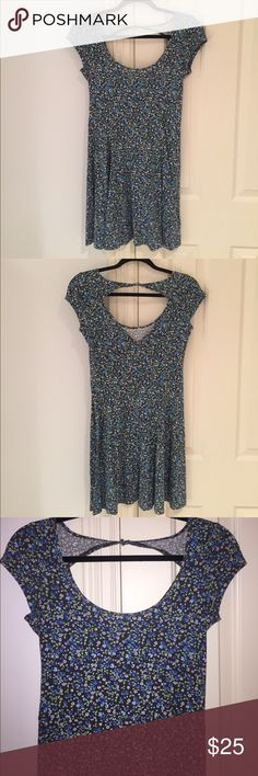 Floral American Eagle Dress This was worn once! in perfect condition! American Eagle Outfitters Dresses Mini