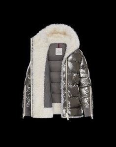 Stylish Clothes For Women, Coats For Women, Jackets For Women, Winter Fashion Outfits, Autumn Winter Fashion, Moncler Jacket Women, Luxury Lifestyle Fashion, Outdoor Fashion, Wool Vest