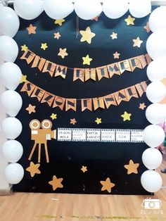 Film bitmedi sezon finali... Party Background, Diy Birthday Decorations, Sustainable Design, Interior Design Living Room, Film, Art For Kids, Preschool, Projects To Try, Creative