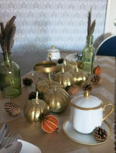 Thanksgiving Day Table #DIY #Holiday #decor #tabletopdecor #partyplanning.