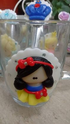 Taza y cuchara Blancanieves. Baby Shawer, Pasta Flexible, Polymer Clay Projects, Cold Porcelain, Fondant, Biscuits, Projects To Try, Mugs, Handmade