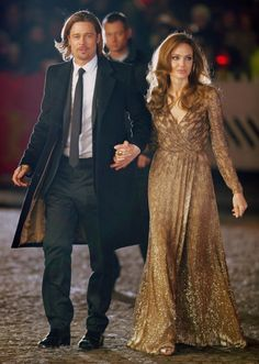 Brad Pitt and Angelina Jolie Angelina Jolie Style, Brad Pitt And Angelina Jolie, Jolie Pitt, Le Jolie, Celebrity Couples, Celebrity Style, Brad And Angie, First Ladies, Famous Couples