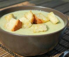 Brokkolikrémleves krutonnal Hungarian Recipes, Hungarian Food, Wok, Potato Salad, Pudding, Cheese, Dishes, Chicken, Meat
