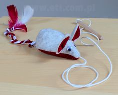 Zabawka dla kota - myszka na sznurku (opis jak uszyć plus wykrój do pobrania)