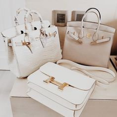 Hermes Birkin white and light beige - Hermes Handbags - Ideas of Hermes Handbags. - Hermes Birkin white and light beige – Hermes Handbags – Ideas of Hermes Handbags – - Hermes Birkin, Hermes Bags, Hermes Handbags, Purses And Handbags, 2017 Handbags, Birkin Bags, Birkin 25, Clutch Handbags, Pink Handbags