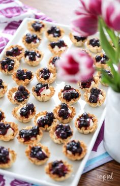 Mini Blueberry Cheesecakes made with Phyllo Cups Blueberry Recipes, Blueberry Cheesecake, Cheesecake Recipes, Blueberry Tarts, Phyllo Recipes, Appetizer Recipes, Baking Recipes, Appetizers, Phyllo Cups