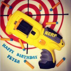 Pretty Lovely Flowers Nerf Birthday Party, Funny Birthday Cakes, Birthday Presents, 5th Birthday, Happy Birthday, Birthday Ideas, Nerf Gun Cake, Gun Cakes, Nerf War
