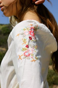 Darling Hand Embroidered Beauty Vintage Peasant Blouse by Vdingy, $42.00