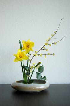 Ikebana 'It's spring again!' by Otomodachi, via Flickr