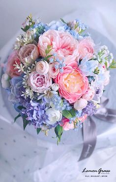 flower bouquet wedding A beautiful arrangement of silk flowers, by Lemon Grass Beautiful Flower Arrangements, Wedding Flower Arrangements, Flower Bouquet Wedding, Fresh Flowers, Silk Flowers, Floral Arrangements, Beautiful Flowers, Bouquet Flowers, Peony Arrangement