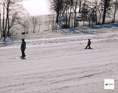 Das Familienskigebiet ist ideal für Anfänger oder Kinder. Wir freuen uns auf Ihren Besuch. Outdoor, Ski Trips, Winter Vacations, Family Vacations, Kids, Outdoors, Outdoor Games, The Great Outdoors
