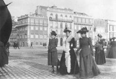 Ladies strolling, Restauradores, Lisbon, Portugal 1905