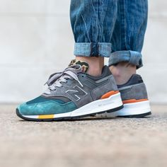 New Balance 997 Sneakers N Stuff, Shoes Sneakers, New Balance 998, Jeans And Hoodie, Nike Shoes Huarache, Fashion Shoes, Mens Fashion, Nike Shoes Outfits, New Balance Sneakers