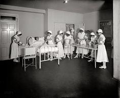 Медицина в фотографиях (1900-1937) - Двадцатый век начинается