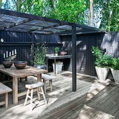 Outdoor Life, Outdoor Gardens, Indoor Outdoor, Outdoor Living, Garden Pool, Green Garden, Terrace Design, Diy Patio, Garden Inspiration