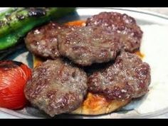 Ground Beef Kebabs and Tabbouleh Turkish Recipes, Meatloaf, Ground Beef, Health And Wellness, Main Dishes, Delish, Sausage, Good Food, Healthy Recipes