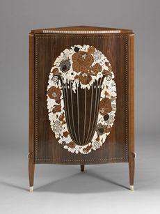 Corner Cupboard, Emile Jacques Ruhlmann, ca 1924. Virginia Museum of Fine Arts