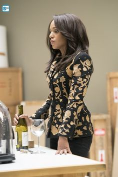 """Olivia Pope from """"Scandal"""" has proven that serious people can also be interested in fashion - lawyer fashion Olivia Pope Wardrobe, Olivia Pope Outfits, Olivia Pope Style, Lawyer Fashion, Fashion Tv, Work Fashion, Fashion Outfits, Olivia And Fitz, Scandal Fashion"""