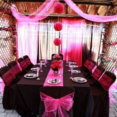 Turning sixteen is a big deal! Make any girl's sweet sixteen party fun, funky and trendy with zebra print and splash of hot pink.    LOVE