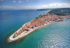Pirano è una cittadina medievale della Slovenia, non lontano dall'Italia. Cosa vedere a Pirano, le vicine terme di Portorose e gli hotel. http://www.marcopolo.tv/slovenia/pirano-guida-slovenia